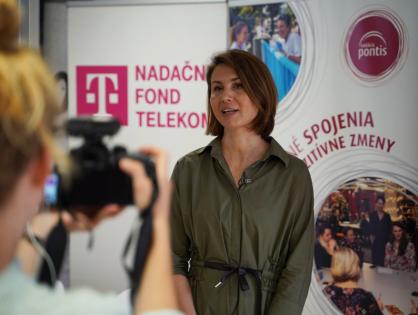 Digitálna gramotnosť detí rozdeľuje Slovensko